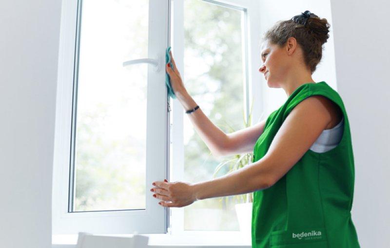 mytí oken úklidová firma brno